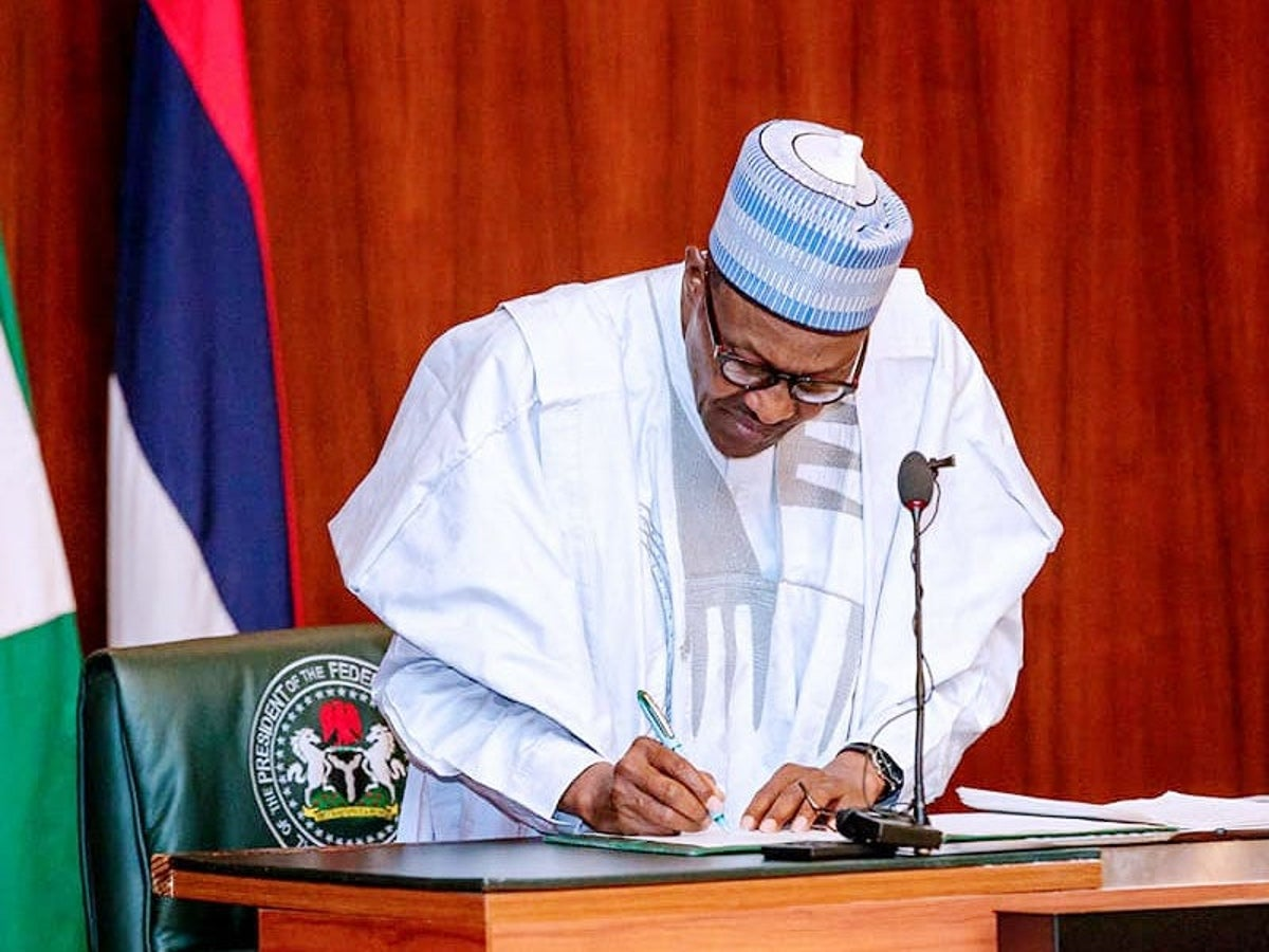 Buhari Approves Salary Scale For Teachers, Increases Years of Service